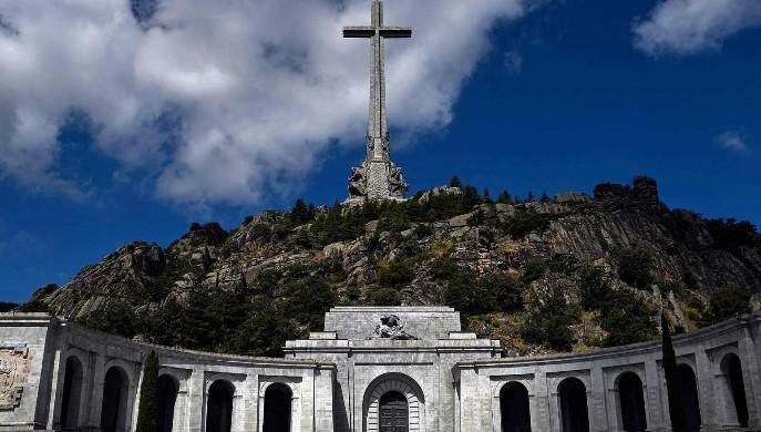 Esperar 45 años para exhumar a Franco no es una victoria