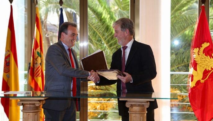 Firma convenio Ayuntamiento DPZ