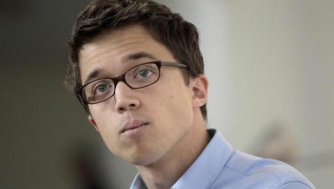 Iñigo Errejón arrasa en las primarias para la Comunidad de Madrid