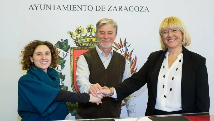 Firma del acuerdo con la Universidad de Zaragoza